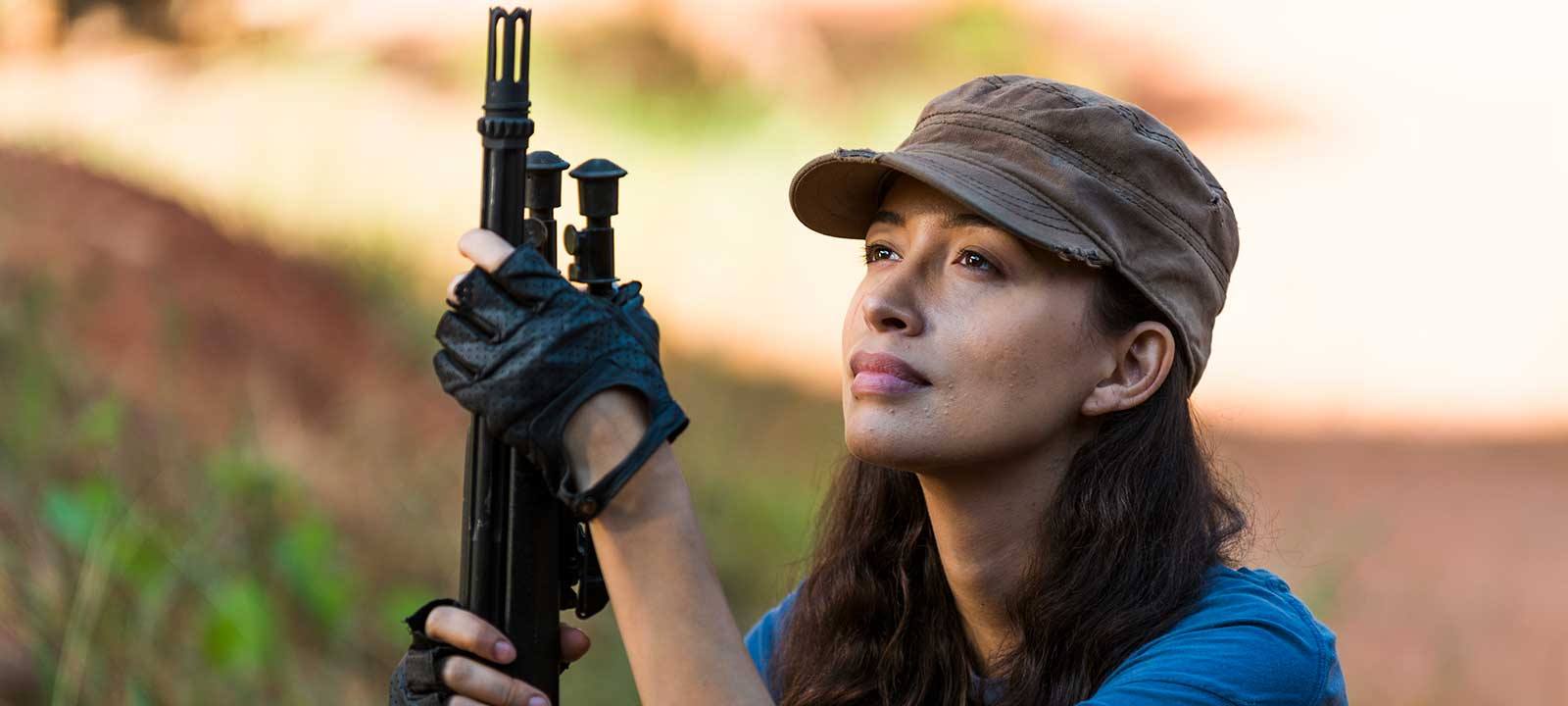 the-walking-dead-episode-714-rosita-serratos-800×600-interview