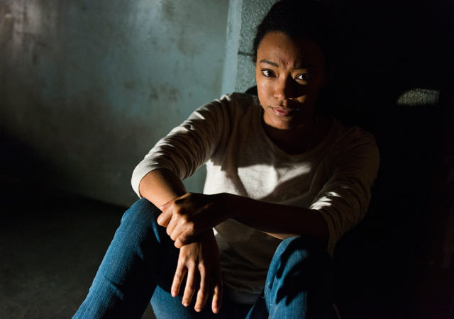 the-walking-dead-episode-715-sasha-martin-green-935