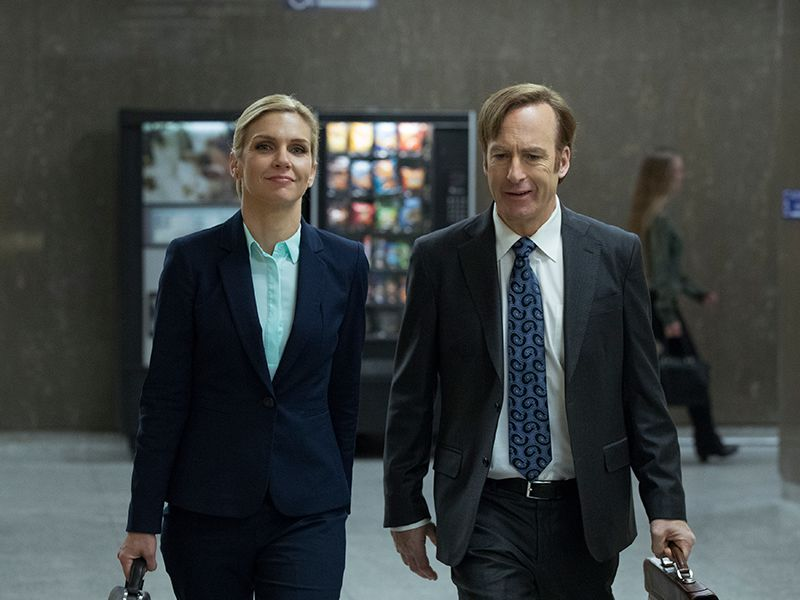 better-call-saul-304-post-kim-wexler-rhea-seehorn-bob-odenkirk-jimmy-mcgill-800x600