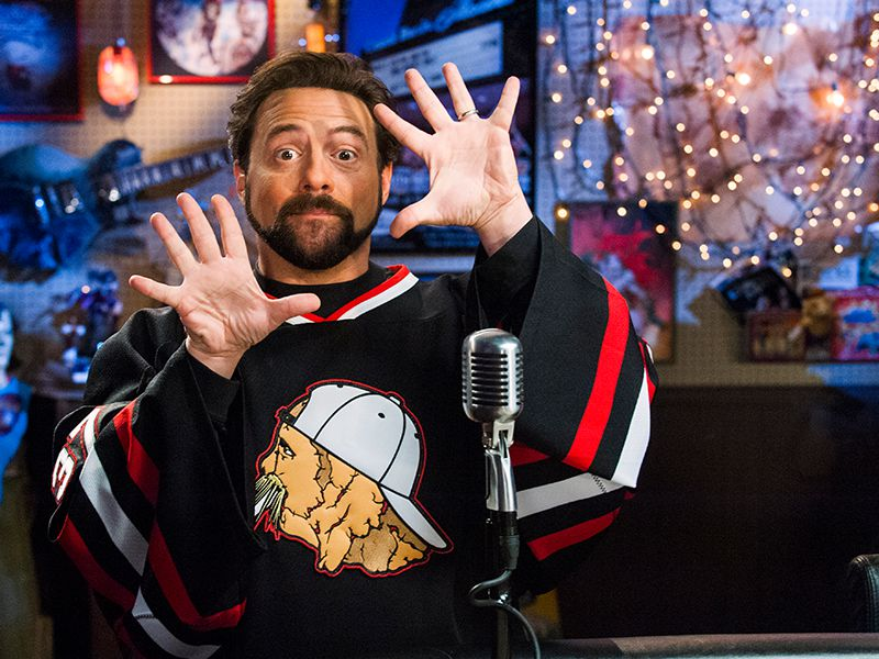 comic-book-men-616-post-kevin-smith-800x600