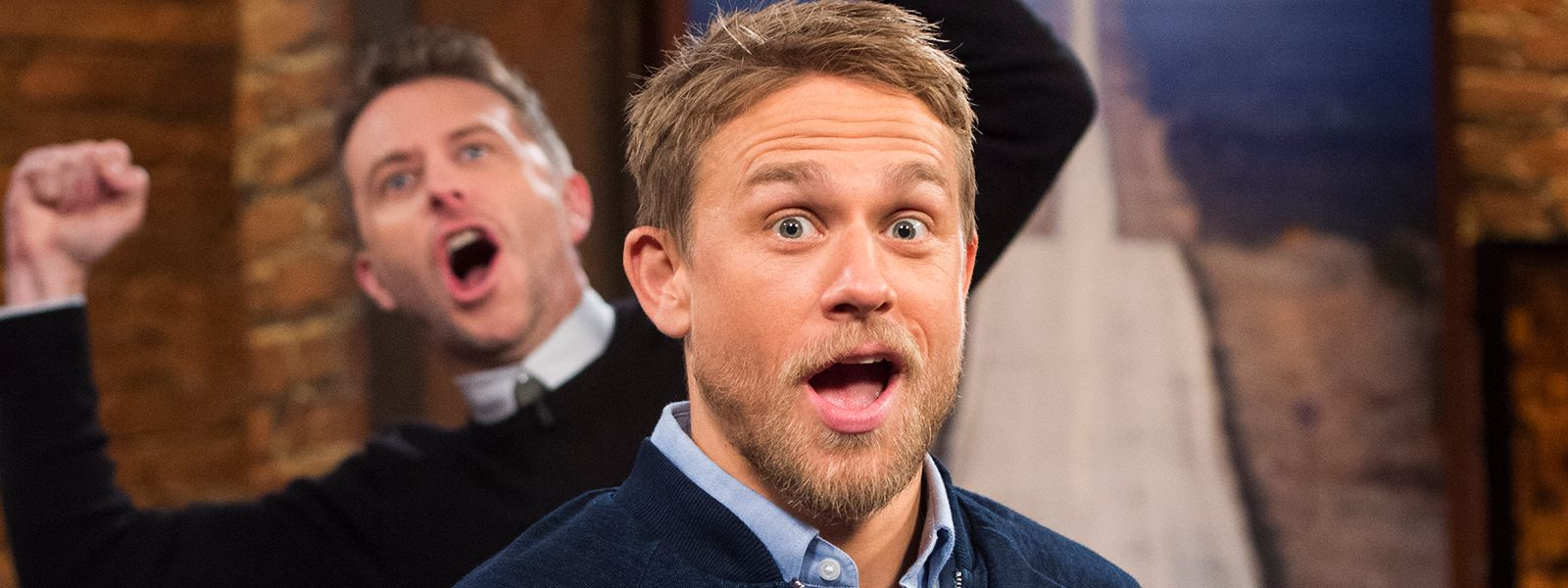 talking-with-chris-hardwick-episode-105-charlie-hunnam-chris-hardwick-800×60
