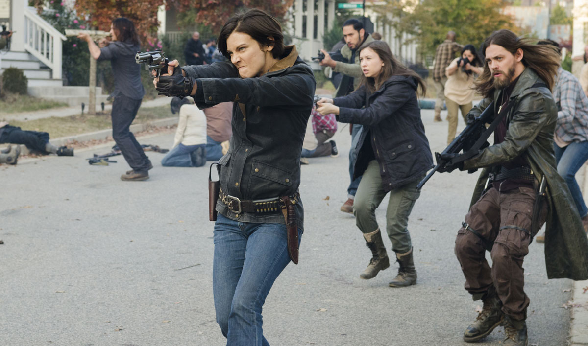 Inside <em>The Walking Dead</em> Season 7 Finale: How Betrayal and Sacrifice Led to the &#8220;Awesome&#8221; Battle in Alexandria