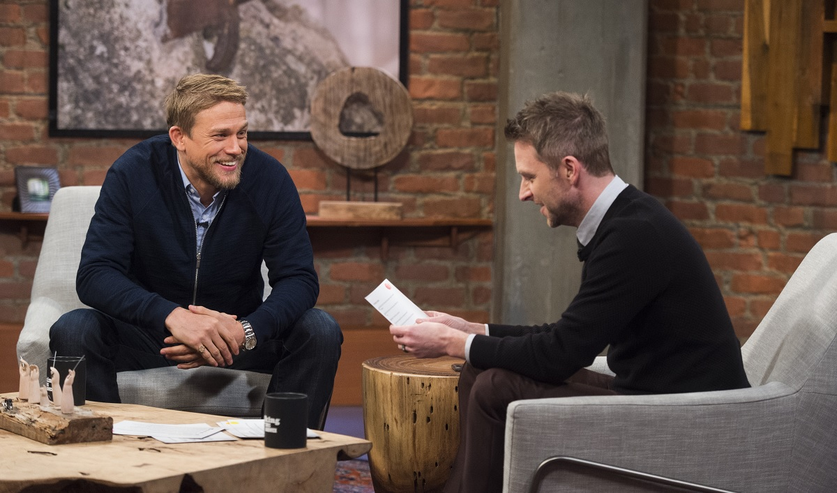 Anarchy Reigns When Charlie Hunnam Joins Chris in the Latest Episode of <em>Talking With Chris Hardwick</em>