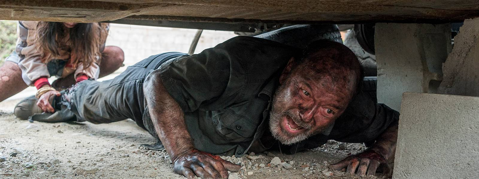 fear-the-walking-dead-episode-304-daniel-blades-post-800×600