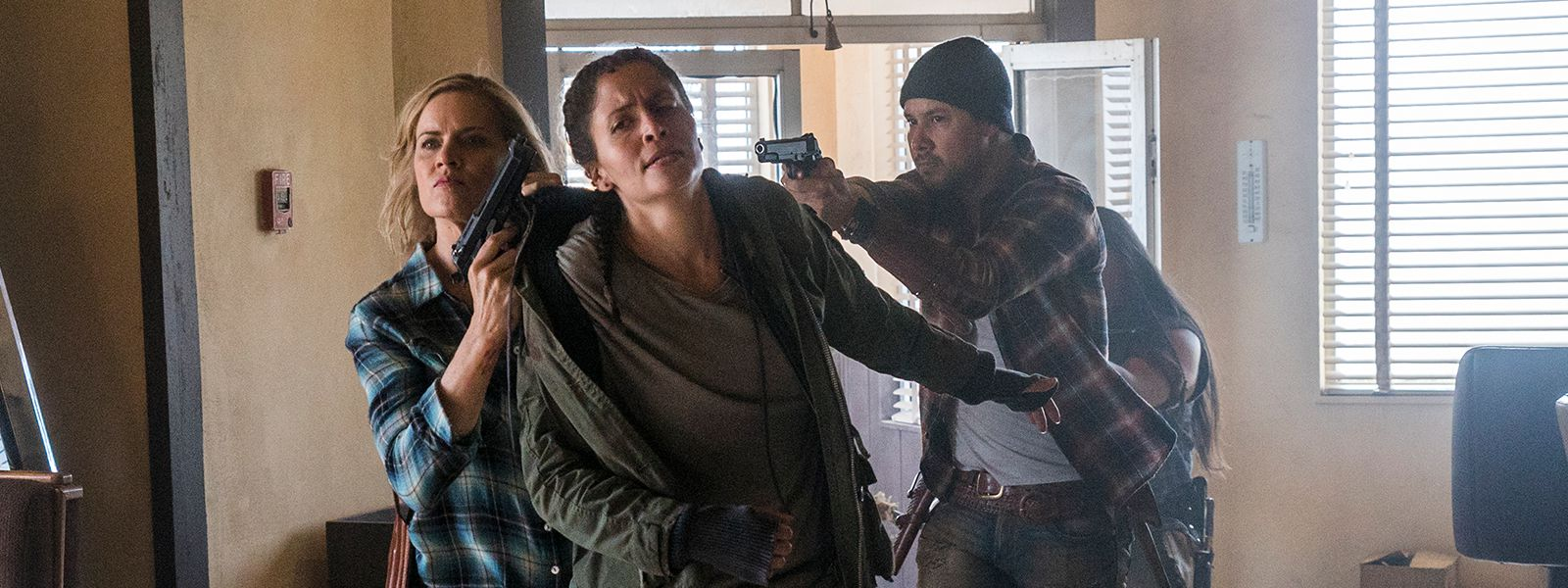fear-the-walking-dead-episode-308-madison-dickens-ofelia-mason-post-800×600