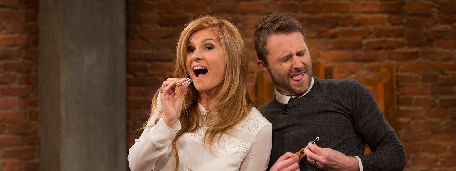 talking-with-chris-hardwick-episode-108-connie-britton-chris-hardwick-800×600