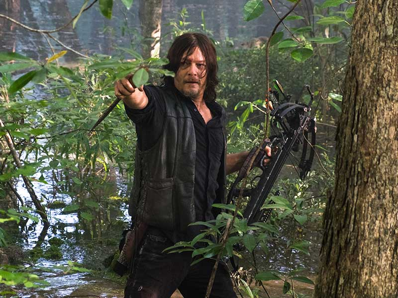 the-walking-dead-season-8b-daryl-reedus-800×600-1
