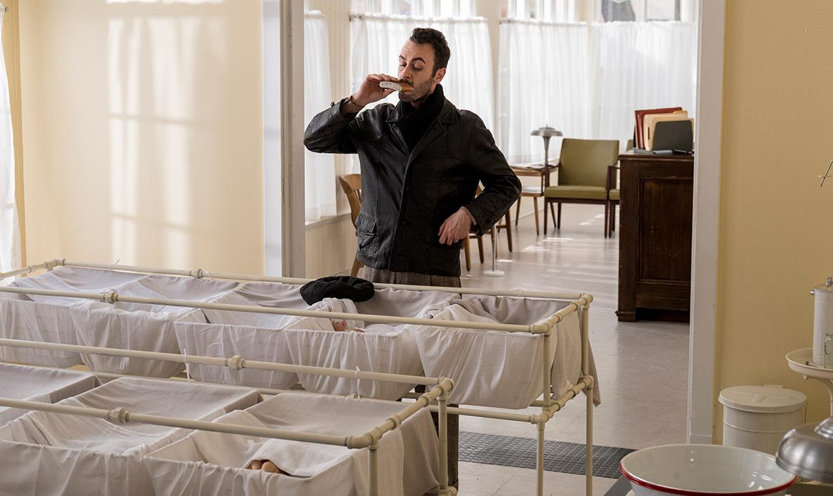Dominic Cooper Talks to <em>Den of Geek</em>; <em>IndieWire</em> Gets Hints From Sam Catlin