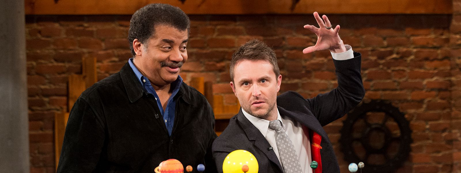 talking-with-chris-hardwick-episode-113-neil-degrasse-tyson-chris-hardwick-800×600