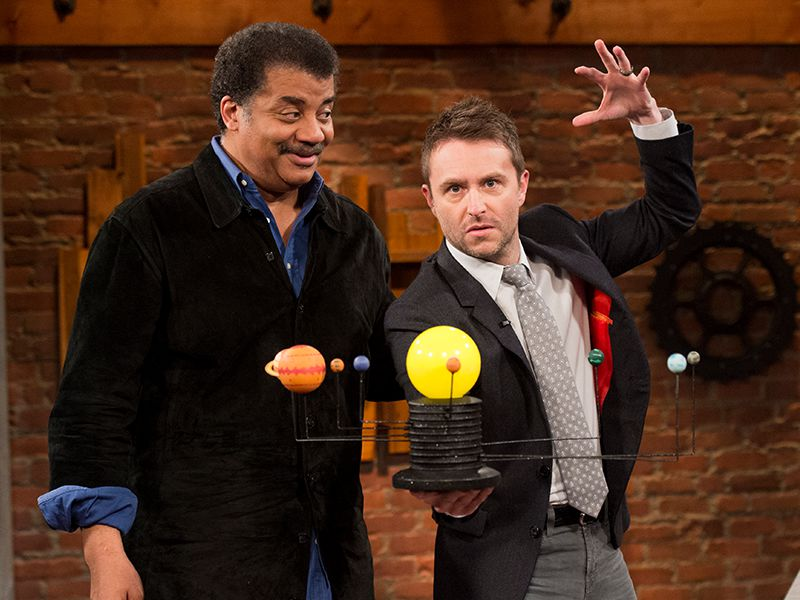 talking-with-chris-hardwick-episode-113-neil-degrasse-tyson-chris-hardwick-800x600