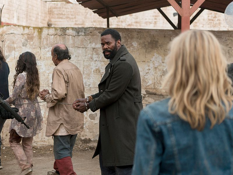 fear-the-walking-dead-episode-310-strand-domingo-post-800x600