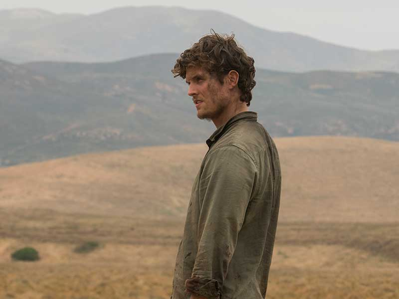 fear-the-walking-dead-episode-313-troy-sharman-800×600-photos
