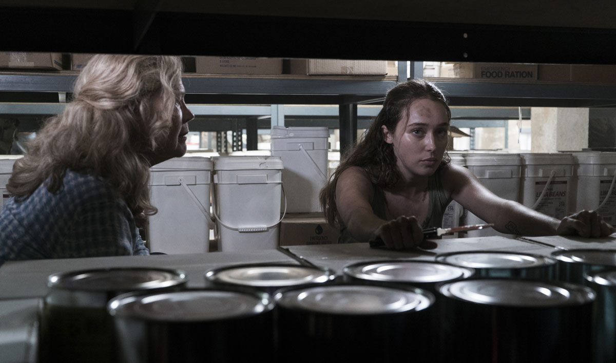 The <em>Fear the Walking Dead</em> Cast and Creators on How Alicia Handles All Hell Breaking Loose
