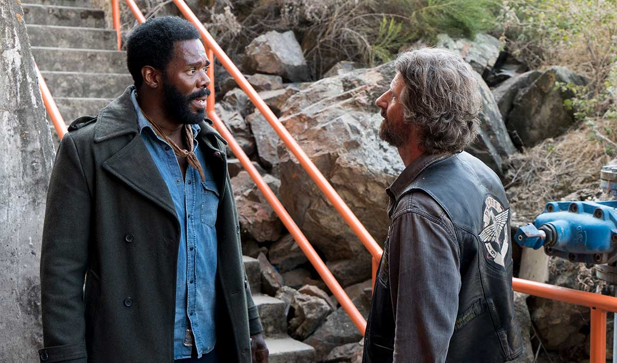 A Brutal Invasion Tests Alliances in Part 1 of the <em>Fear the Walking Dead</em> Season Finale