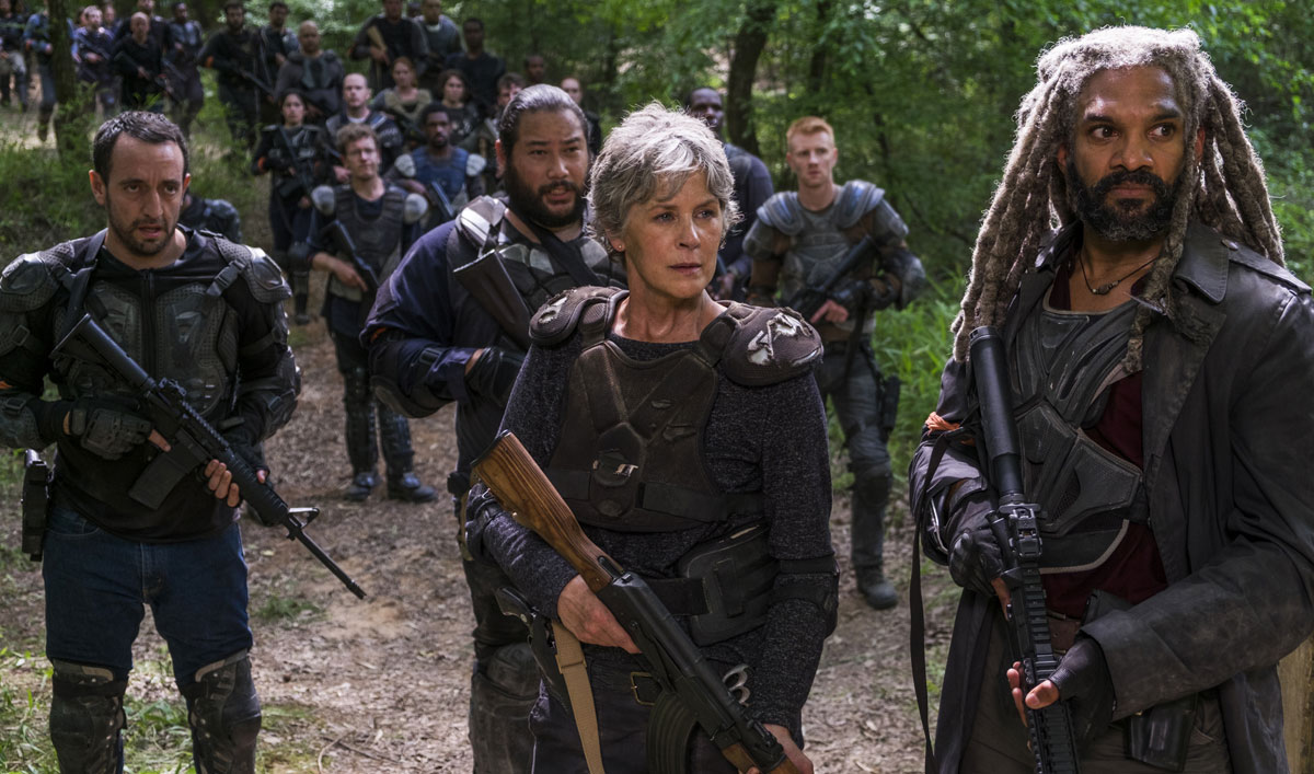 An Unexpected Soldier Lends a Hand in This Scene From <em>The Walking Dead</em> Episode 2