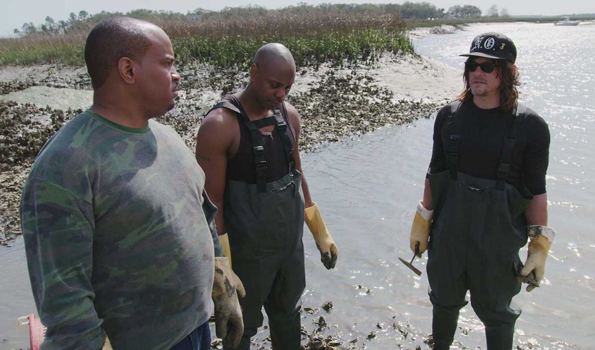Dave Chappelle and Norman Brave the Mud to Harvest Oysters