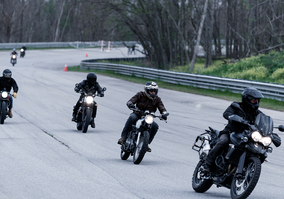 ride-202-norman-reedus-dave-chappelle-bikes-935x658