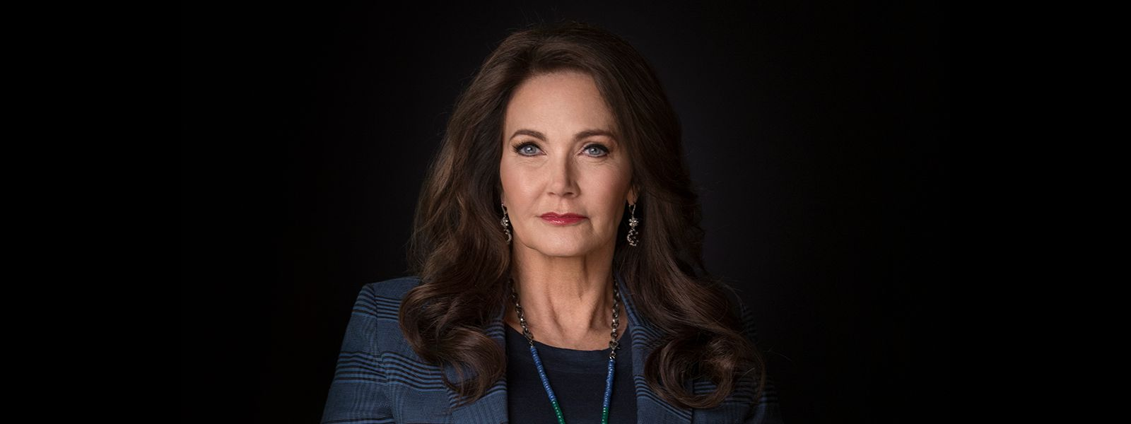 shoc-102-linda-carter-wonder-woman-800×600