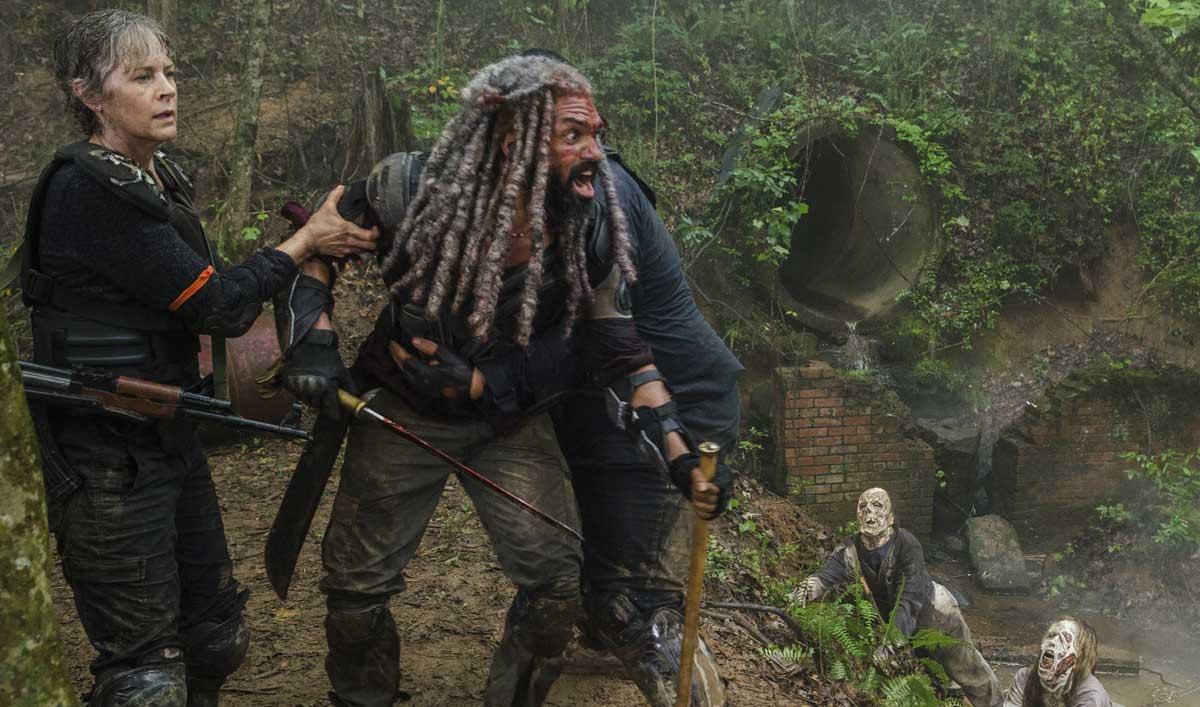 Inside <em>The Walking Dead</em> Episode 4 — Find Out What Transformed Ezekiel From Zookeeper to King