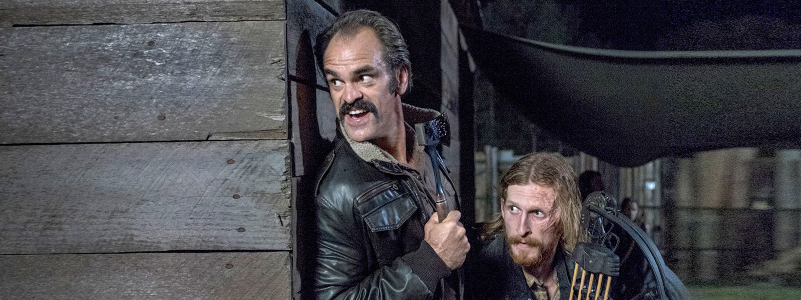 the-walking-dead-episode-813-simon-ogg-dwight-amelio-post-800×600