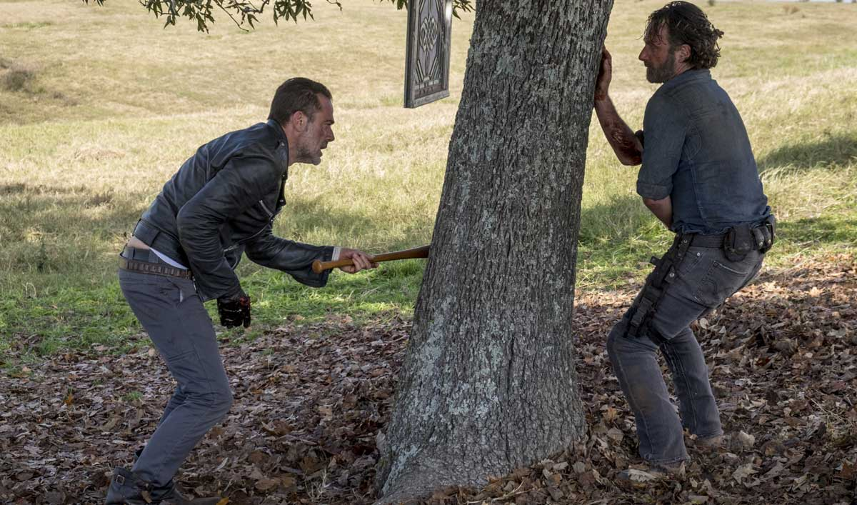 Cast and Creators on Negan&#8217;s Fate in <em>The Walking Dead</em> Season 8 Finale