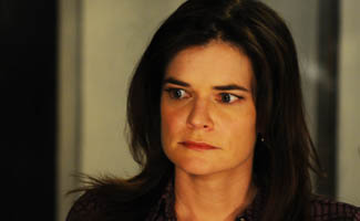 BB-S5-Betsy-Brandt-Interview-325.jpg