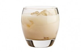 mm-cocktail-white-russian