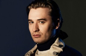 Seth Numrich as Ben Tallmadge
