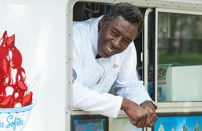 comic-book-men-episode-408-ernie-hudson-3-590