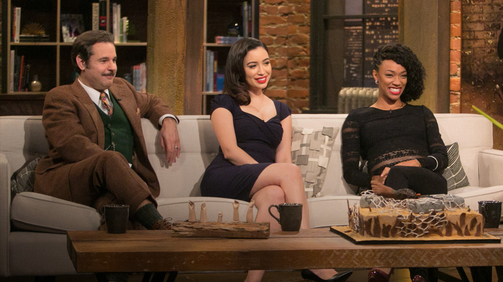 talking-dead-episode-507-christian-serratos-sonequa-martin-green-post-980