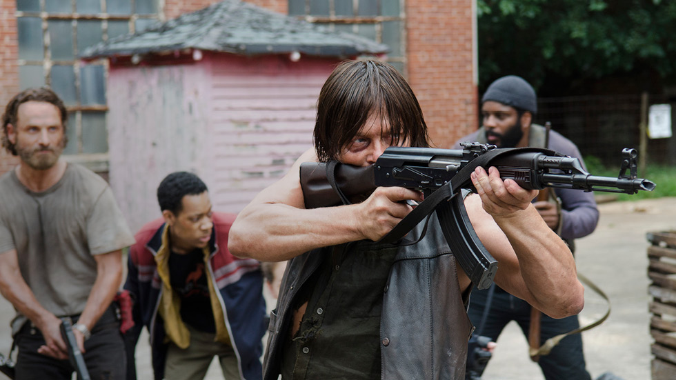 the-walking-dead-episode-507-daryl-reedus-rick-lincoln-post-980