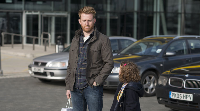 Humans-UK-Season-1_High-Res_EP101_IMG07