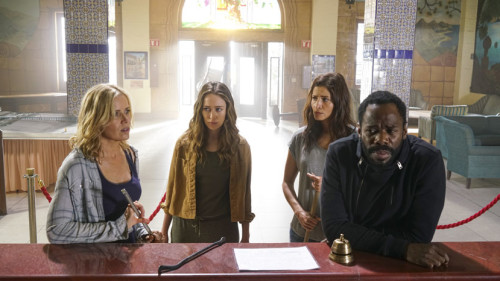 FTWD2_209_Madison-Strand-Alicia-Ofelia