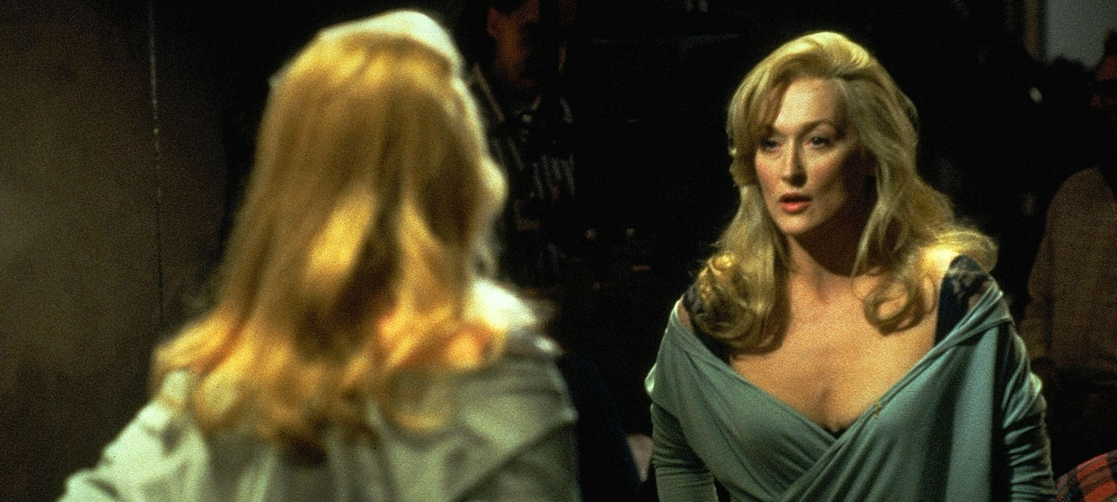 Death-Becomes-Her-7