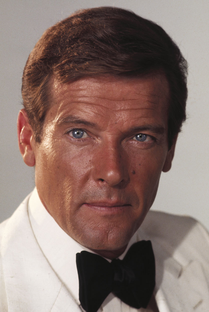roger-moore-james-bond-9