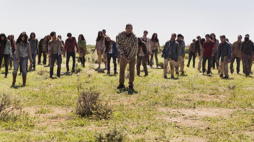 Walkers-Fear-the-Walking-Dead-Season-2
