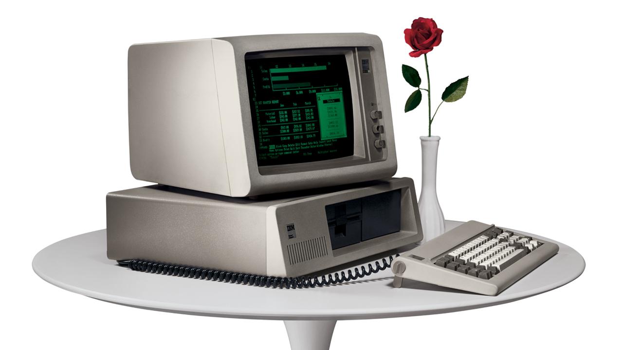 1981.-IBM-100-IBM-PC
