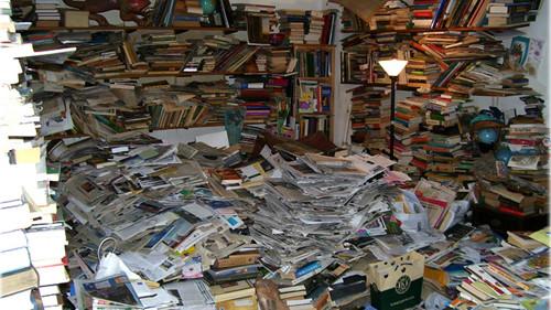 Books_Mess
