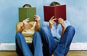 Couple-Reading