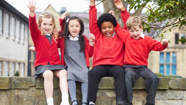 10 Classic Schoolyard Games: Americans vs. Brits