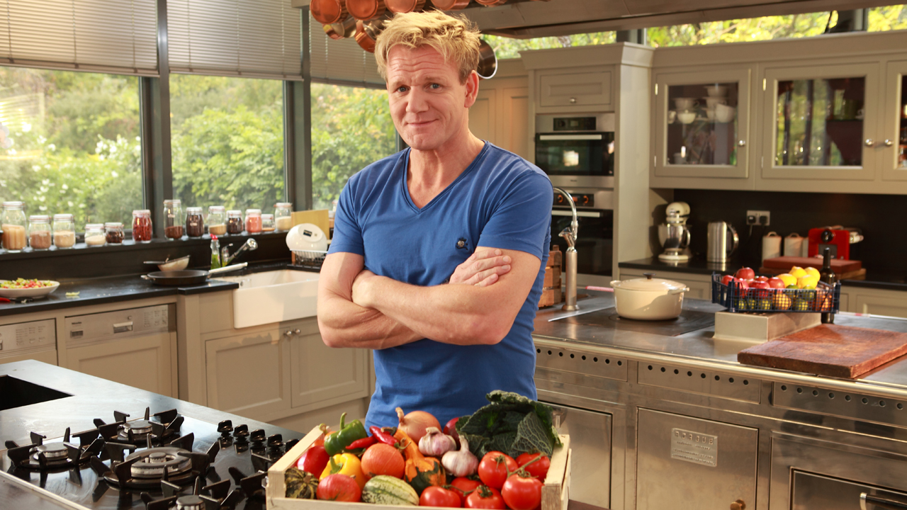 a comparison between gordon ramsay and heston blumenthal Earlier this month oliver compared rival chef gordon ramsay to a dementia sufferer after he repeatedly mocked him on telly earlier this year foul-mouthed gordon.