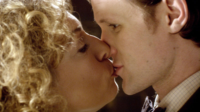 The Doctor and River kiss