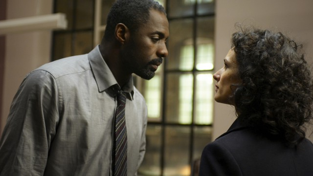 Luther reconnects with Zoe