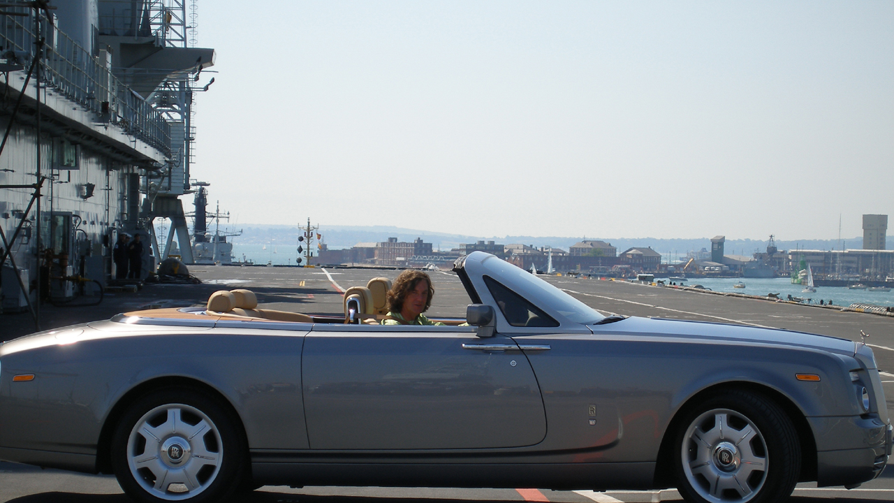 James drives the Rolls-Royce Phantom Drophead on an aircraft carrier.