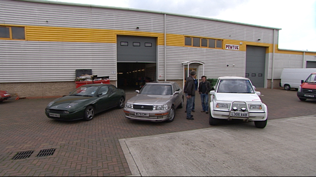 Jeremy, Richard and James survey the clunkers