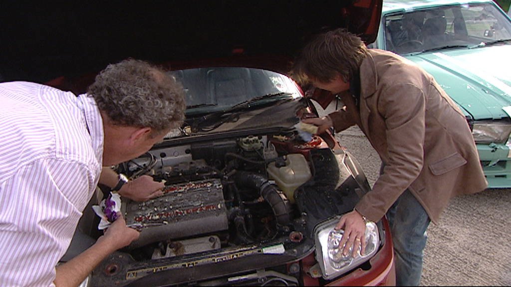 Jeremy and Richard turns James' car into a cheese grater