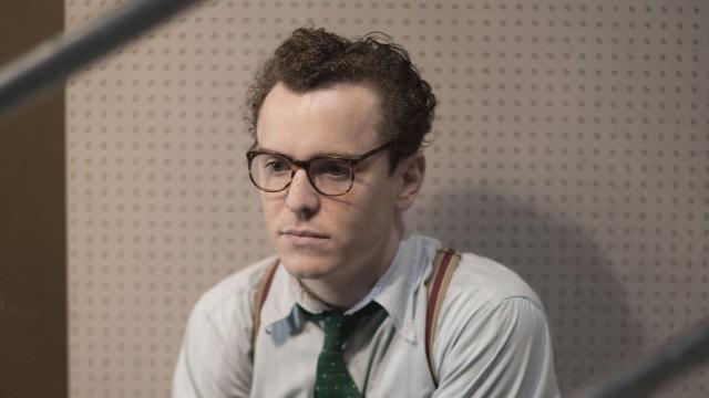 Isaac Wengrow (Joshua McGuire)