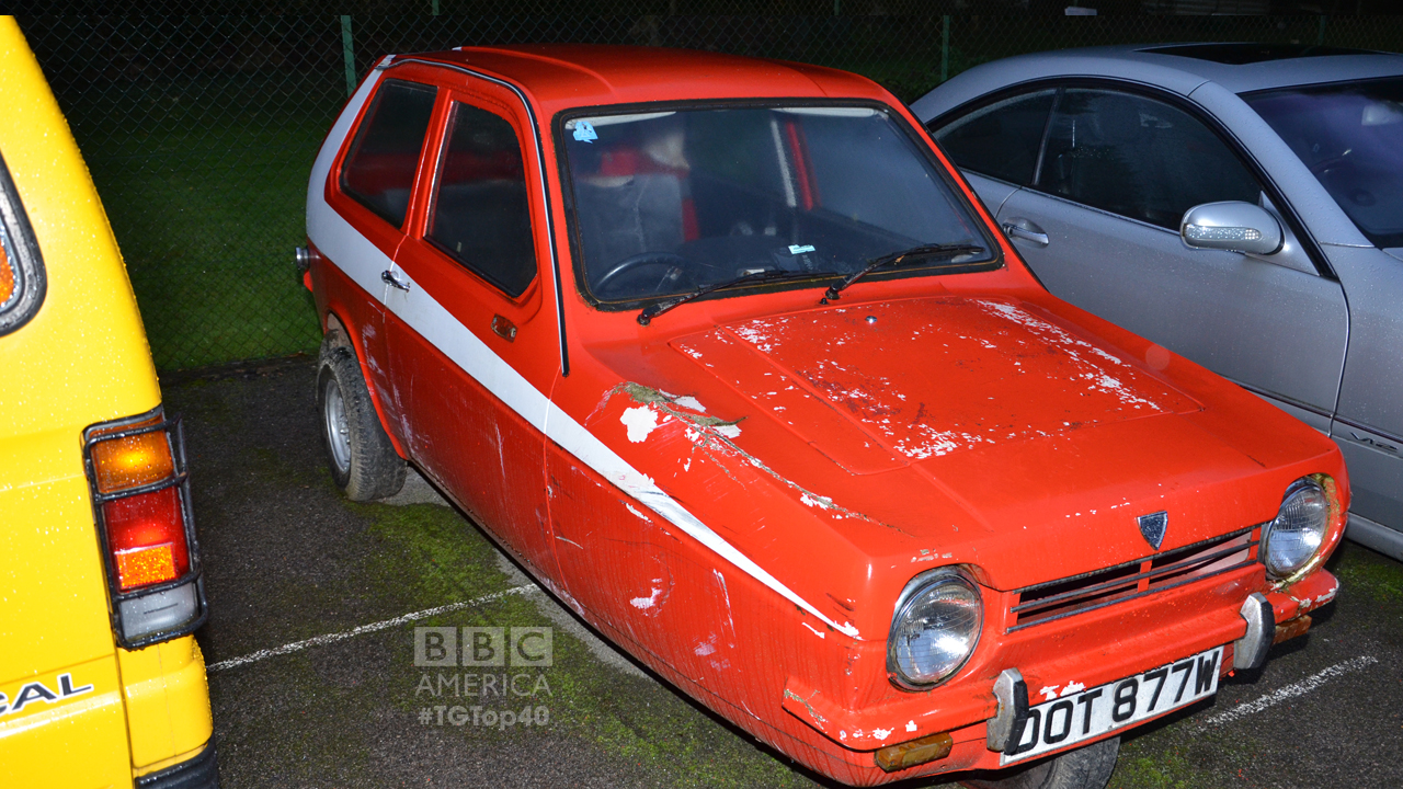 "One of the Reliant Robin cars seen in Episode 1 of Season 15. This one's decked in the famous ""Starsky & Hutch"" design. (Photo by Christopher Fetner)"