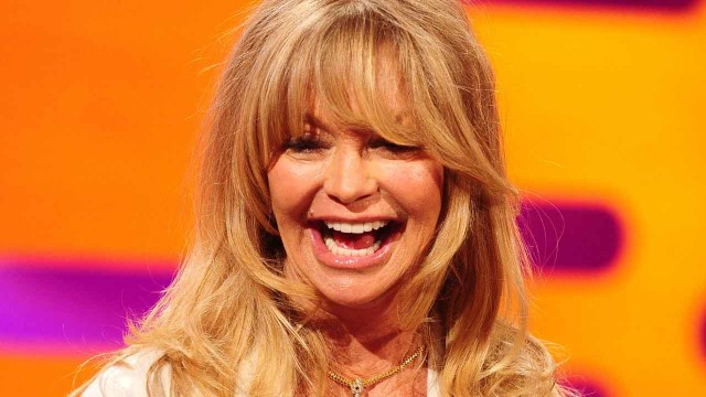 The bubbly Goldie Hawn lookin' fab at 66!