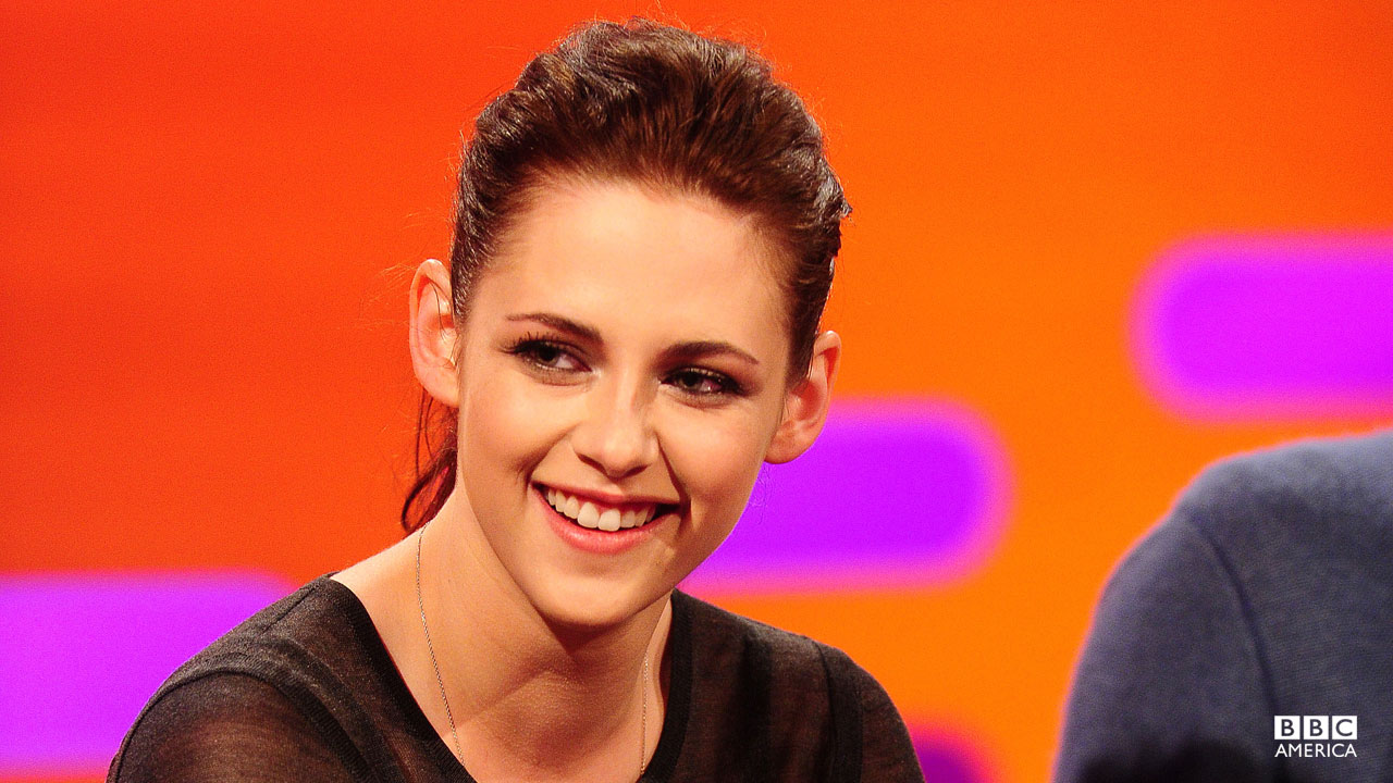 Kristen Stewarts chats with Graham about Twihards.